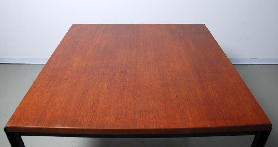 Coffeetable 'T'Angle 306, Florence Knoll 1952
