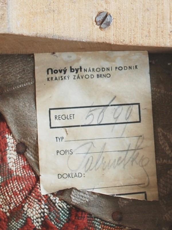 Sammlung von 14 Poufs, im Stile von Jindrich Halabala 1930er Jahre