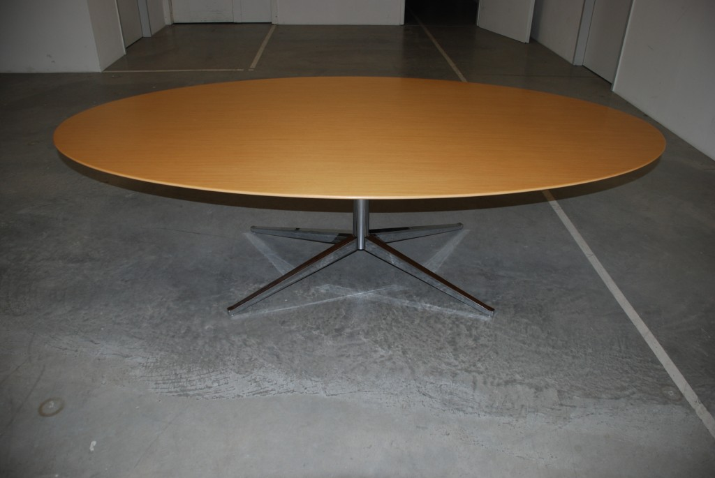 Tisch 'oval table 2481', Florence Knoll 1961