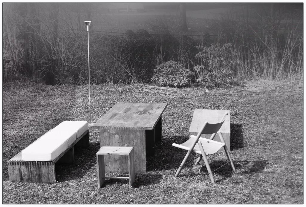 Tisch und zwei Bänke 'Rotisserie', Otl Aicher 1971/72