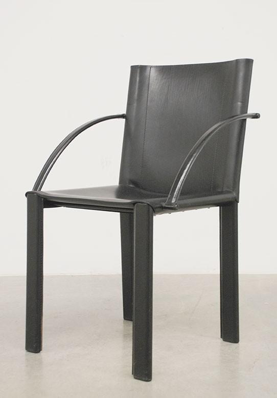 Tisch 'LC 6', Le Cobusier 1928,  sechs Stühle mit Armlehnen, Model 'Coral'