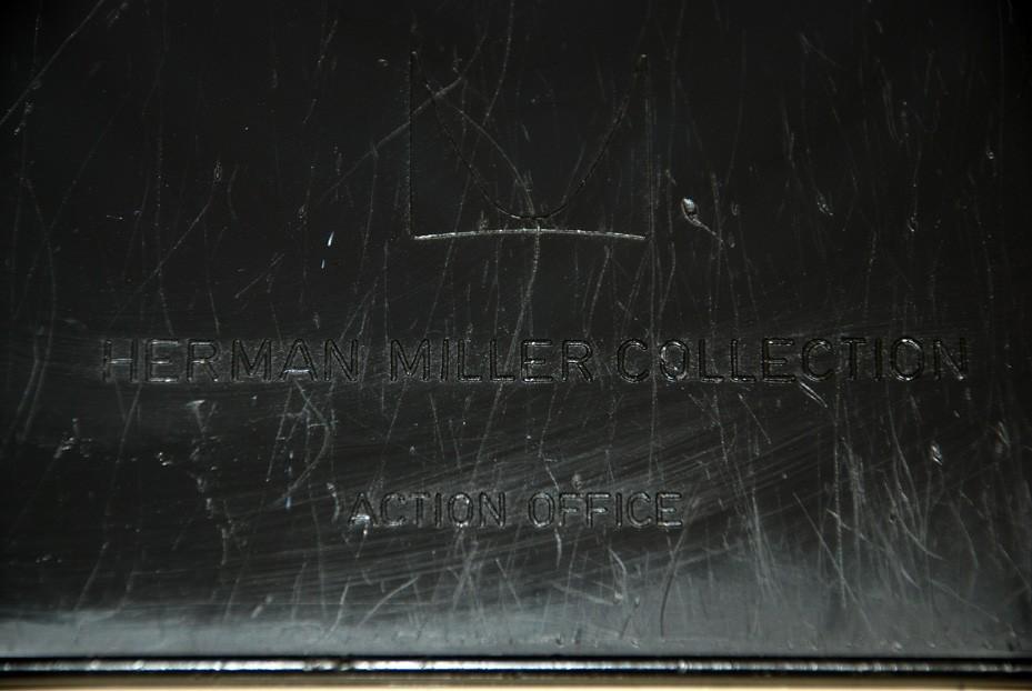 Stehschreibtisch 'Action Office' mit Stuhl 'Perch', George Nelson um 1964
